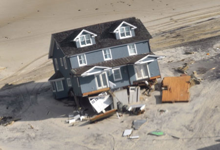 IoT: Safeguarding Homes and Cities from Natural Disasters
